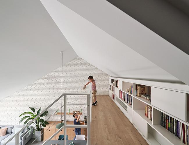 Mẫu nhà hiện đại của những hình khối kiến trúc và vật liệu hiện đại mang tới hơi thở trẻ trung và năng động.