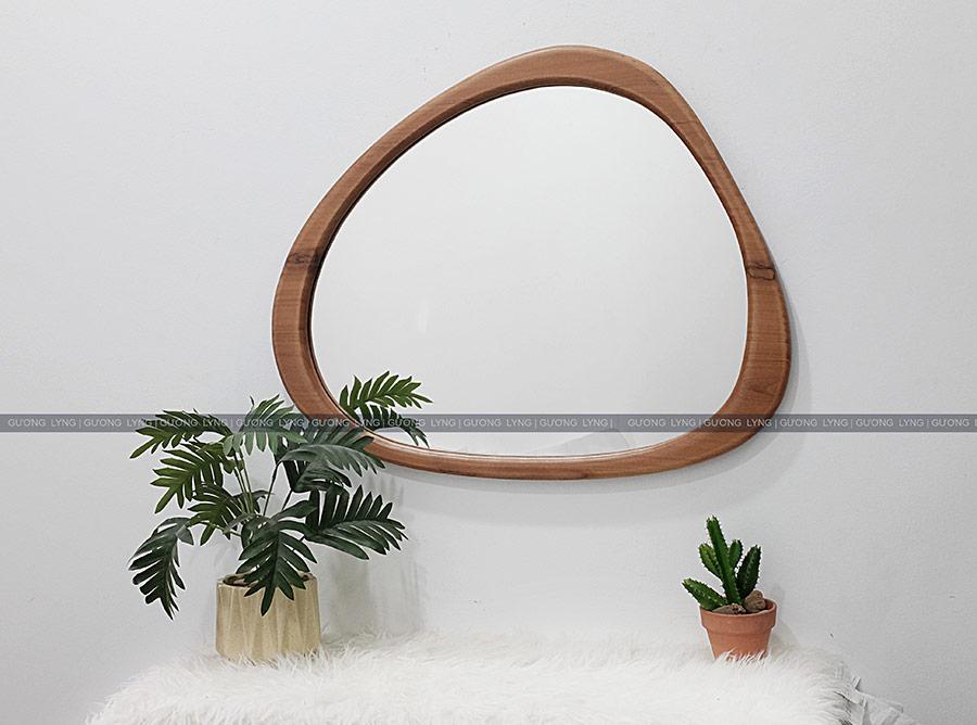 Gương bàn phấn khung gỗ hình viên sỏi
