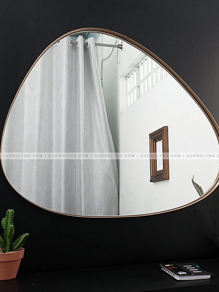 Gương hình sỏi   Gương Lyng sản xuất gia công gương theo yêu cầu