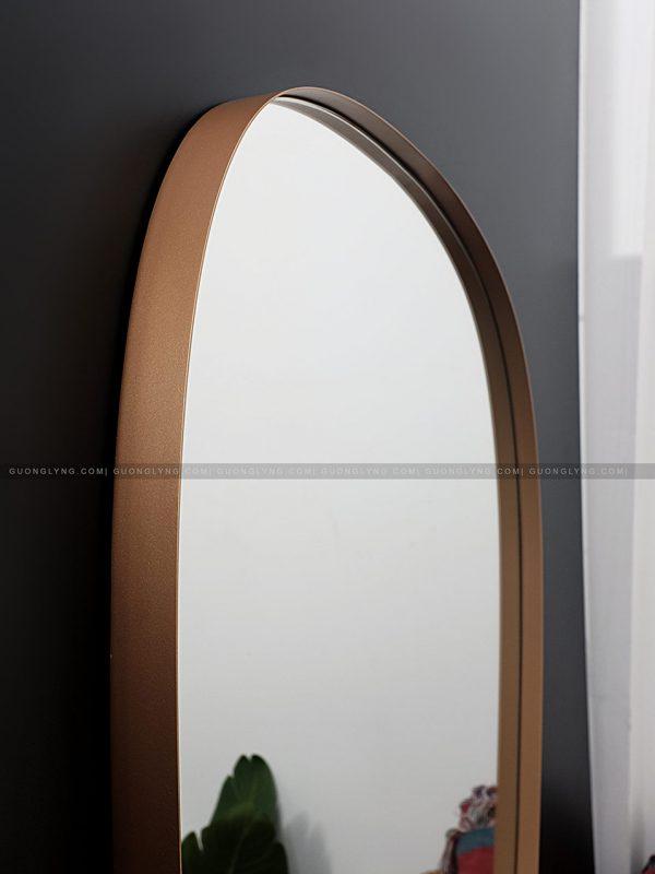 Gương hình thang dài