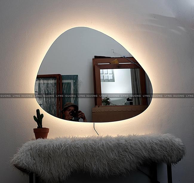 Những loại gương đèn led treo tường thịnh hành hiện nay